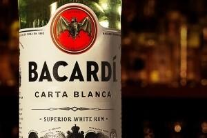 Белый ром Bacardi